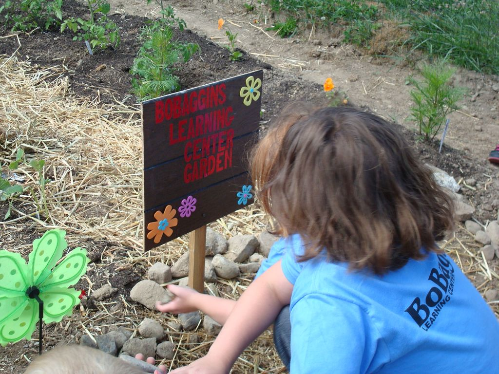 BoBaggins Kids Gardening at the Community Garden
