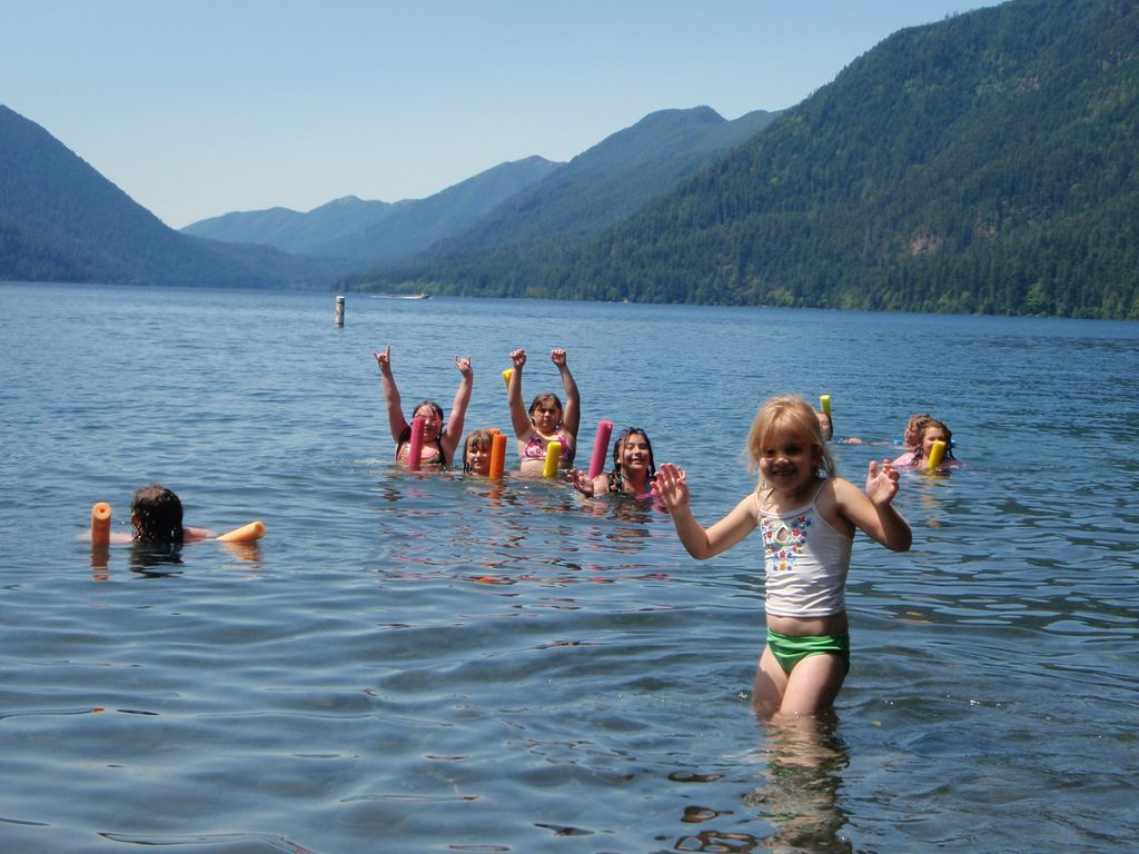 Bo Kids at Lake Crescent July 2009