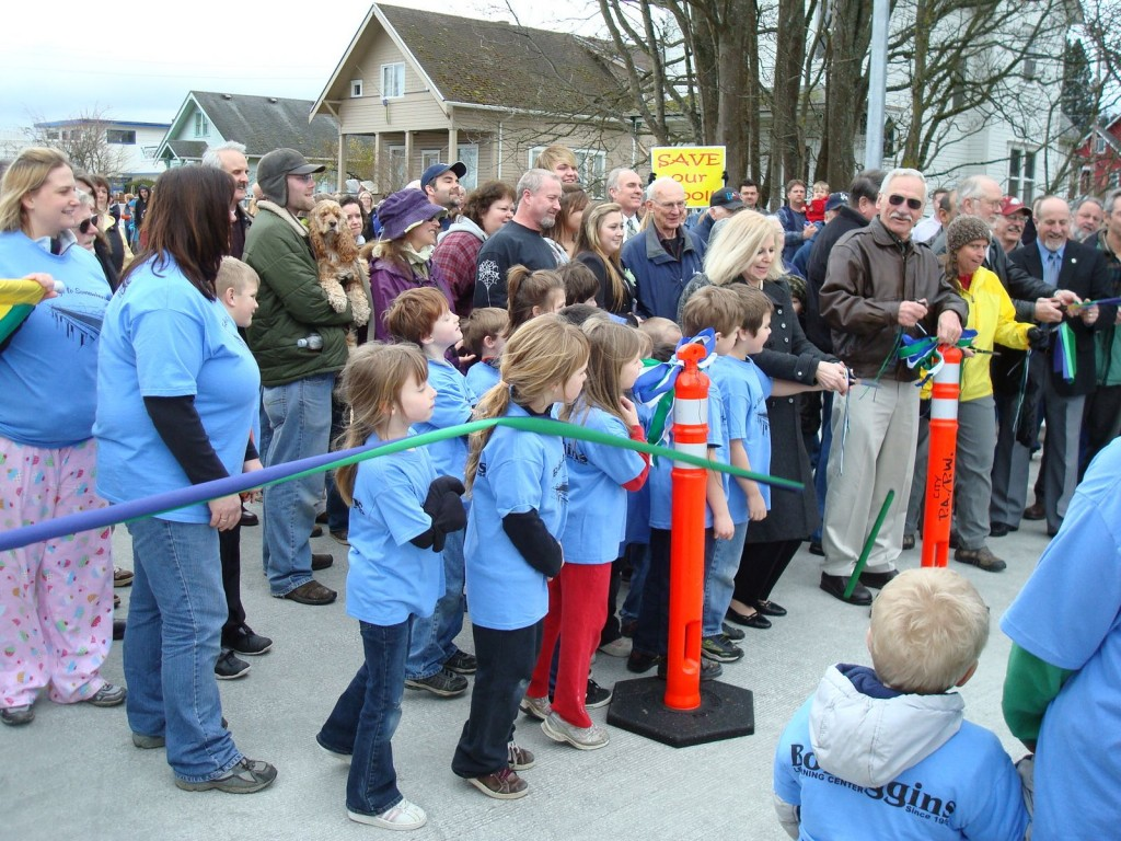 Council Woman, Sheri Kidd, Enlists BoBaggins Kids For Bridge Opening